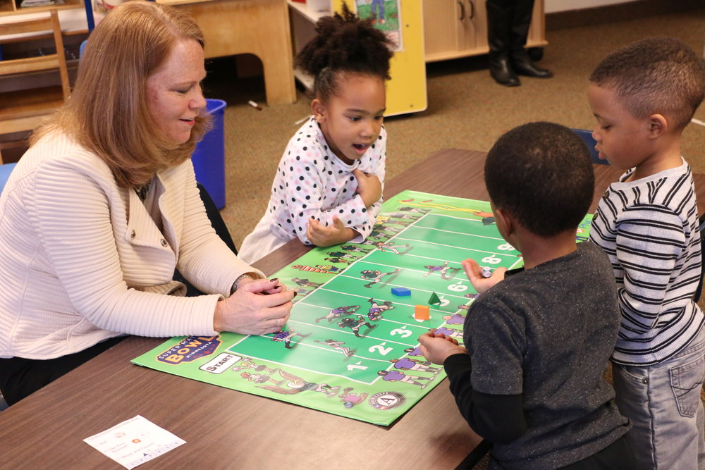 PNC Regional President Kate Kelly plays Super Math Bowl Minnesota with pre-K students (photo)